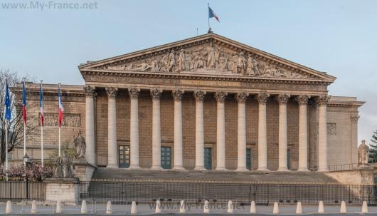 Бурбонский дворец в Париже