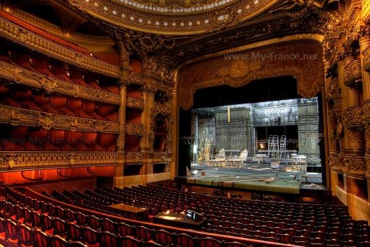 Зрительный зал в Гранд Опера