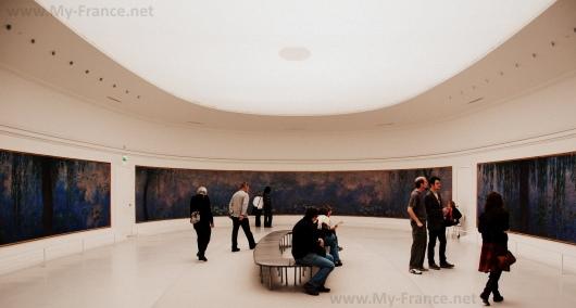 Овальный зал Музея Оранжери